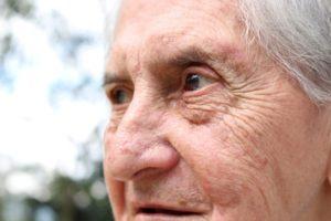 Спасатели Пензы пришли на помощь пожилой женщине через окно